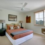 Bedroom-setting